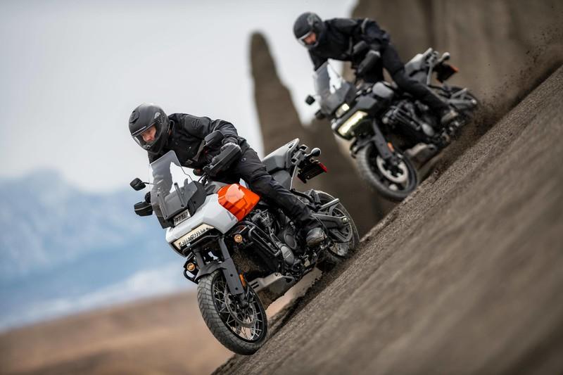 《Harley-Davidson》2021年式新車到店 部分車款標配Apple CarPlay 活動期間入主指定車款送7.5萬元好