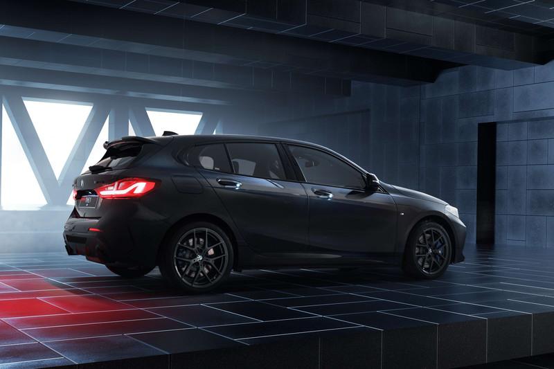全車黑化外加輕量化 《BMW M135i / M235i Black Storm Edition》開價258萬/ 268萬限量推出