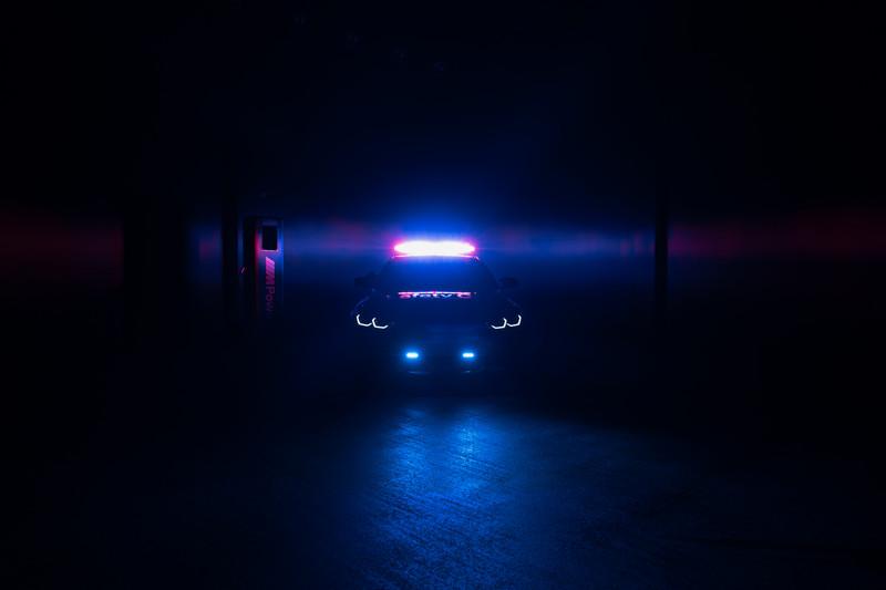 鼻孔綠到發光!《BMW i4 M50》擔任世界電動摩托車錦標賽Safety Car