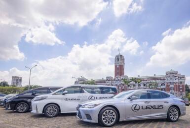 台灣東奧英雄們的獨享待遇!《Lexus》為凱旋派對紅毯唯一指定尊榮接駁車