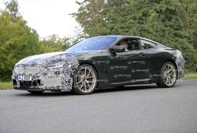 小改款《BMW 8 Series》將全面輕油電化 還好鼻孔沒變大