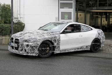 大鼻孔微整形 頭燈有驚喜 《BMW M4 CSL》輕量化車款預計明年問世