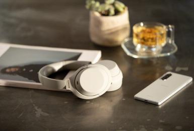 液晶電視、耳機喇叭、全片幅單眼相機 期間限定優惠《Sony秋之饗宴》使用振興券 好禮加碼送