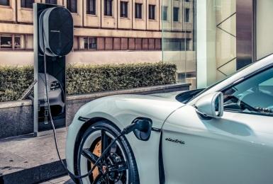 《Taycan》免費充電!《保時捷》與晶華酒店國際集團合作 提供車主絕佳充電服務