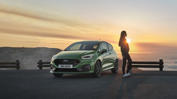 動力全面輕油電化《Ford Fiesta》二次小改登場 手排性能車款最大馬力200匹同步亮相