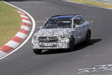 大改款《Mercedes-Benz GLC》最快年底海外發表|姿態更低趴 並傳出將新增七人座車款