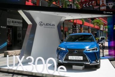 《Lexus UX 300e》首波售罄!原廠再加碼50輛 明年1月交車 享兩年指定充電站免費充電及家用充電器乙組
