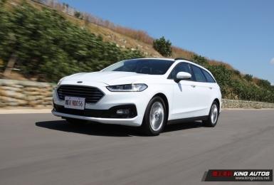 芯手上路|國內唯一油電五門旅行車《Ford Mondeo Hybrid Wagon》 省油、寧靜又穩重,會是爸爸們的菜嗎?