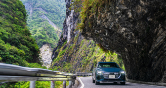 加強《Audi e-tron/e-tron GT》純電生活圈:家用充電安裝、拓展全台充電網絡、全新「電旅筆記」隨行智能服務
