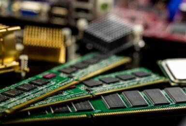 需求成長收斂、高層數產品競逐激烈,2022年NAND Flash市場進入跌價週期