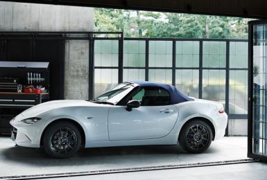 《Mazda》預告《MX-5》即將發表新車型  史上最輕的《990S》特仕車搶先曝光