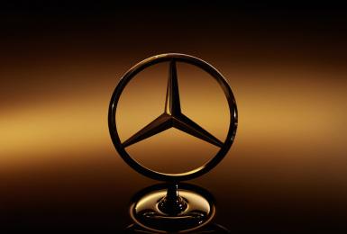 2021全球最有價值豪華汽車品牌《賓士Mercedes-Benz》超越Audi與BMW